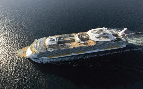 World's largest cruise ship heading for Europe
