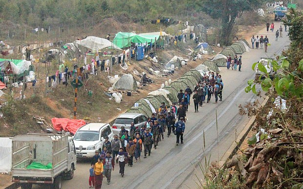 Anti-drug vigilantes face off against Burmese security forces in poppy field showdown