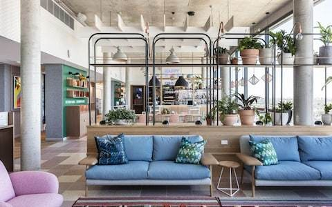 The best hotels to network and chill in... Sydney, including complimentary happy hours, minibars and goodie bags