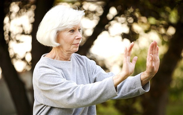 Elderly falls may be caused by infections not mental decline