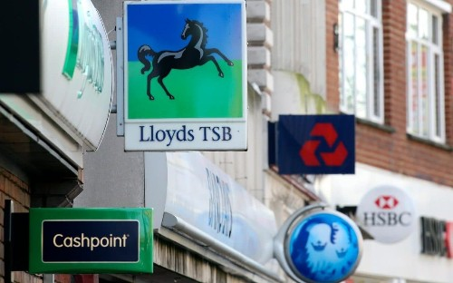Buy-to-let mortgage deals dry up as lenders pull back