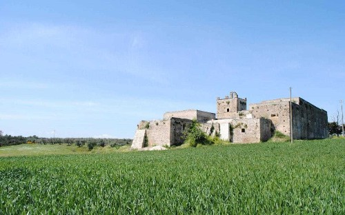 Italy to give away more than 100 castles, inns and monasteries for free