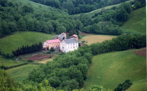 Buy an entire hamlet in the South of France for £300,000