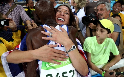 Mo Farah sent to back of queue while boarding flight home from Rio Olympics, his wife claims