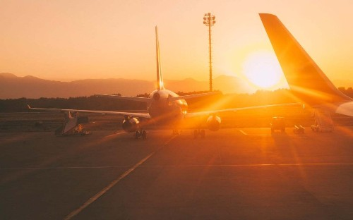 Airlines react to rising temperatures as industry feels effects of climate change