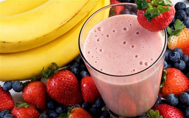 Fruit juices and smoothies contain 'horrifying' sugar levels