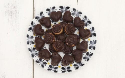 Deliciously Ella's almond butter chocolates