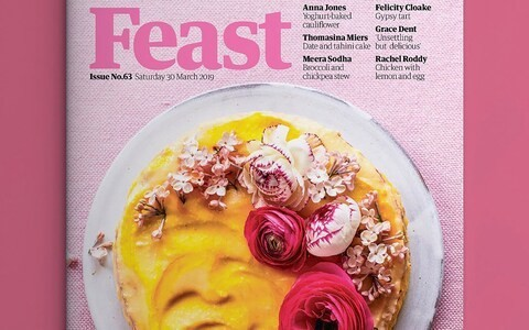 Botanist warns of trend of poisonous flowers on food after 'toxic' blooms appear on Mother's Day cake