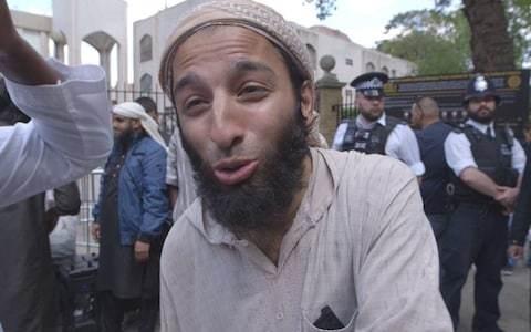 Government considers new law to ban the possession of terrorist propaganda
