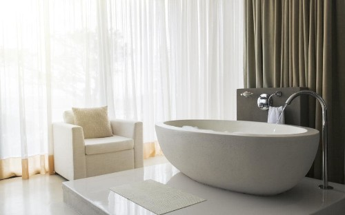 Living room-style bathrooms: create a well-being sanctuary