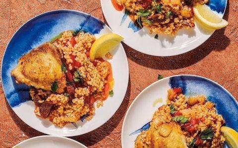 Arroz con pollo (Spanish rice with chicken) recipe