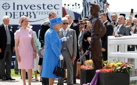 Lester Piggott cast in bronze across the world but prominence in home town is shamefully lacking