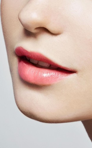 Why you should replace your balm with a lip oil