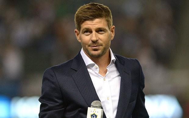 Steven Gerrard buys beer for LA Galaxy fans