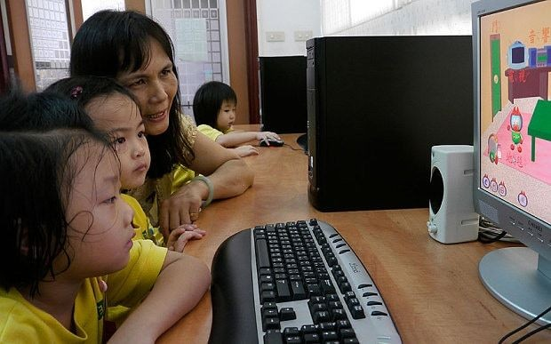 Taiwan orders parents to limit children's time with electronic games