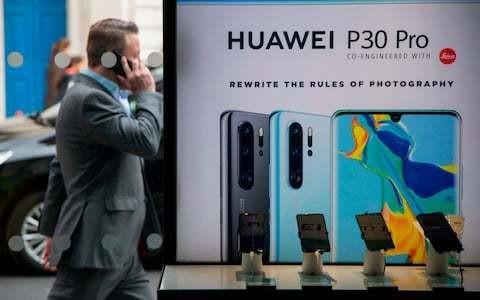 EE abandons launch of Huawei 5G phones amid US ban