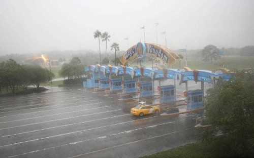 Deserted Disney World turns into 'ghost town' as Hurricane Matthew hits
