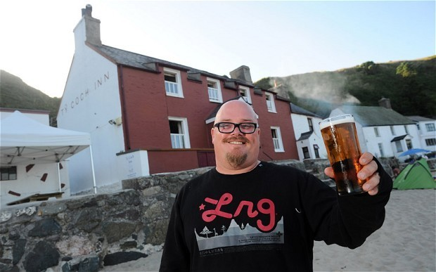 Tiny Welsh pub named one of the best beach bars in the world