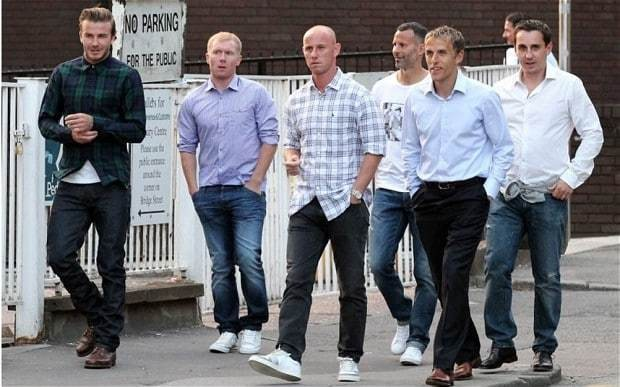 Manchester United's Class of 92 'in talks over Old Trafford takeover bid'
