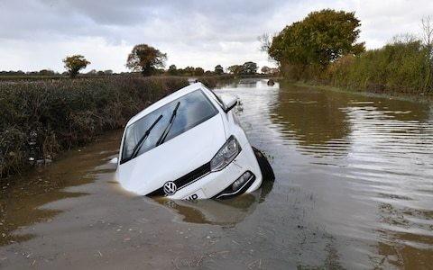 UK weather: Boris Johnson to prepare Cobra meeting as 38 flood warnings remain in place