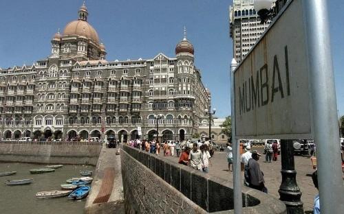 British tourists flock to India under new e-visa system