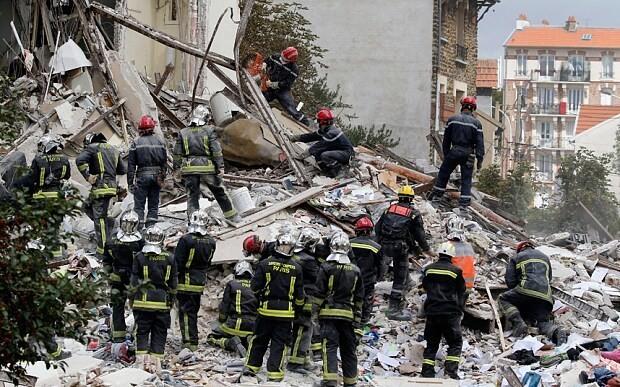 Six dead in Paris suburb building explosion