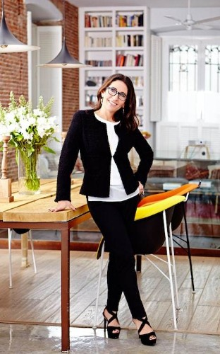 As Bobbi Brown steps away from her company, we revisit her best beauty tips