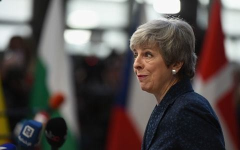 Remain ministers warn Theresa May they will quit if she blocks free vote on new bid to stop no-deal Brexit