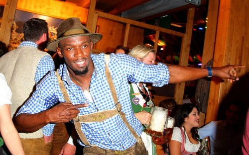 Oktoberfest 2015: Usain Bolt joins in the fun at world's largest beer festival - Telegraph