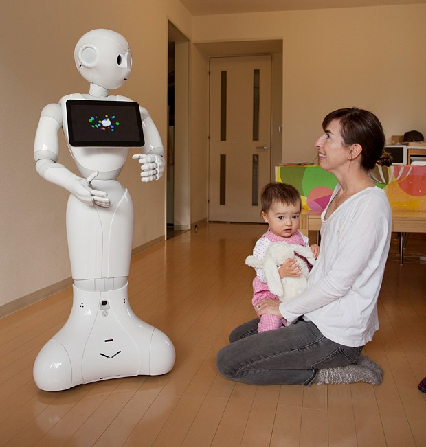My weekend with Pepper, the world's first humanoid robot with emotions