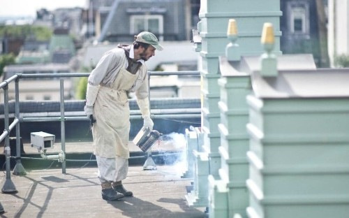 Fortnum & Mason searches for beekeeper apprentices as it stockpiles champagne