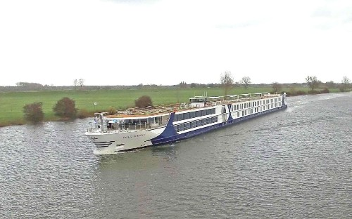 River Voyager review: Mississippi music on the Moselle River