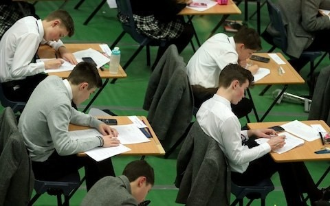 A fifth of students now get extra time in exams amid calls for rise to be investigated