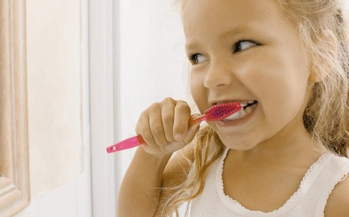 Seven teeth cleaning hacks to get your pearly whites shining