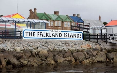UK and Argentina agree deal to double number of commercial flights to Falkland Islands
