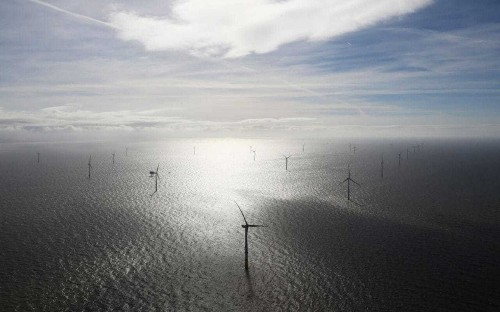 World's biggest turbine maker to expand UK manufacturing base