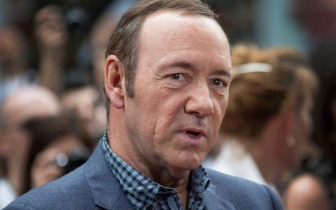 V&A Museum defends decision to exhibit Kevin Spacey portrait amid sexual misconduct allegations