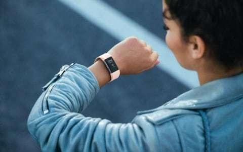 Fitbits discourage teenagers from exercising, study shows