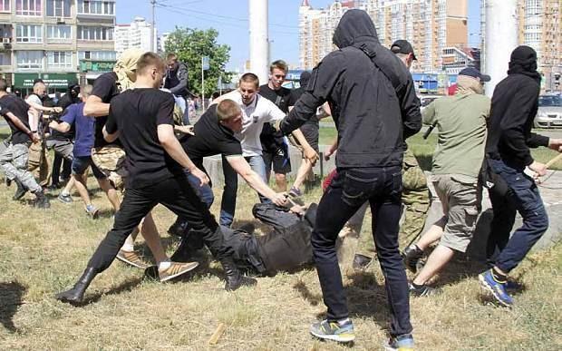 Ukrainian Gay Pride march ends in violence