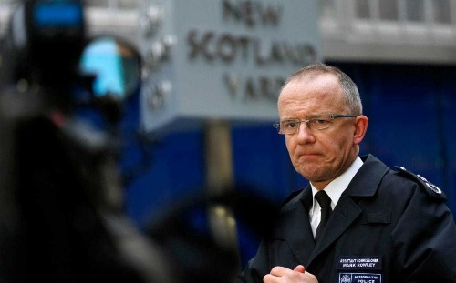 'Extreme right infiltrating politics' says former Met terror chief