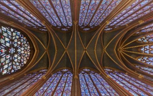 Sainte-Chapelle: 360 degree view of Paris chapel's kaleidoscopic stained-glass windows