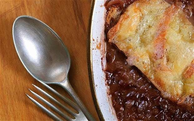 Red wine and onion broth with toasted bread and cheese recipe