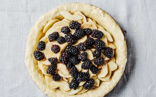 Apple and blackberry pie with gluten-free pastry recipe