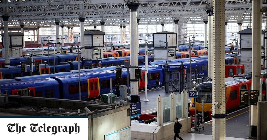Ministers in last-minute dash to stop Christmas rail chaos