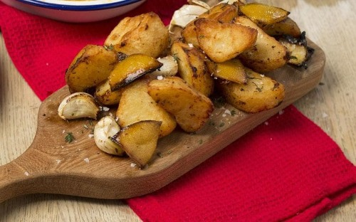 Christmas dinner: lemon-roasted potatoes