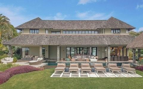 Dream Suite: the Royal Residence Villa at Four Seasons Resort Mauritius
