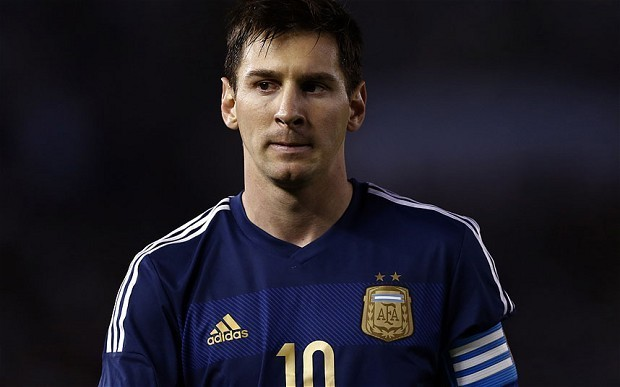 Can Lionel Messi finally step out of the shadow of Diego Maradona by winning 2014 World Cup