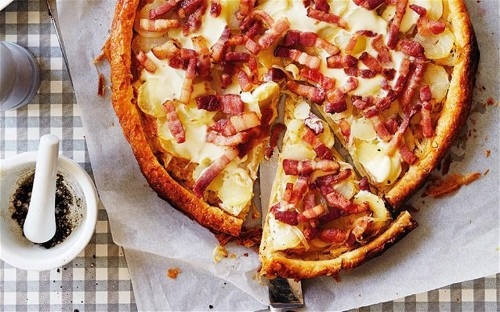 Puff pastry tart with smoked bacon, onion and potato
