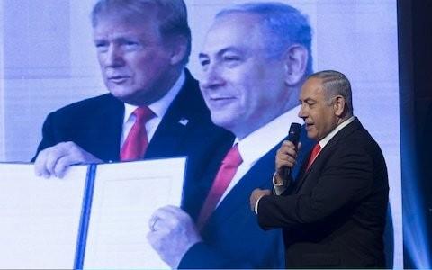 Trump invites Netanyahu to Washington for Israeli-Palestinian peace plan talks