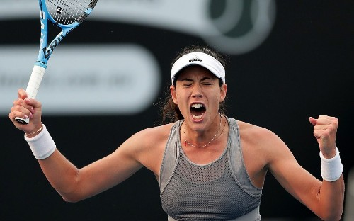 Garbine Muguruza sets up Australian Open semi-final showdown with Simona Halep